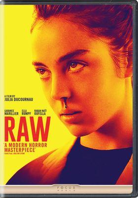 『RAW 少女のめざめ』のポスター